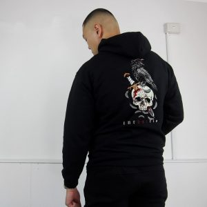 res_raven-pullover-looks-min